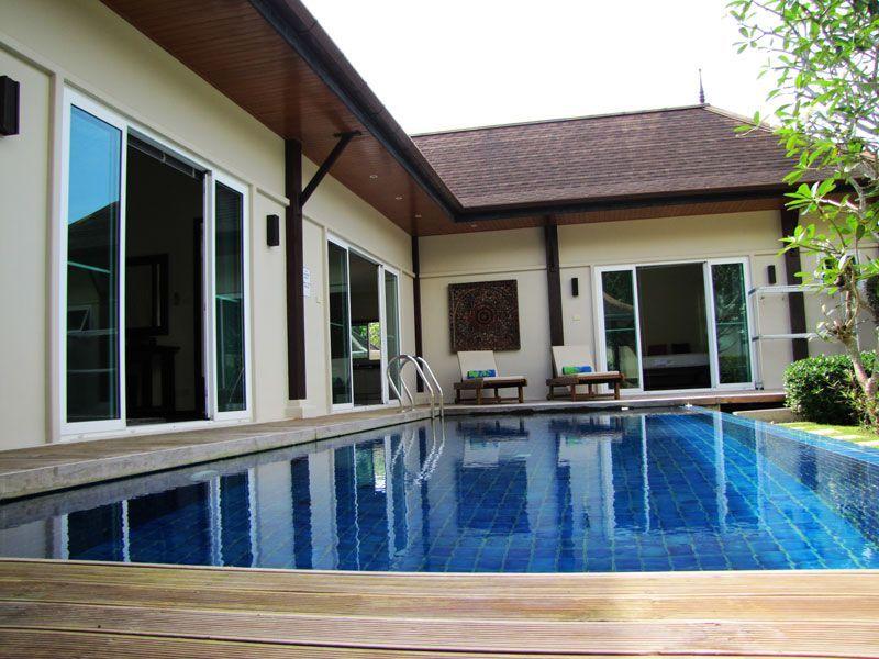 Лучшая вилла с бассейном с 4 спальнями