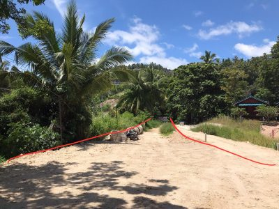 Участок рядом с пляжем. Панган