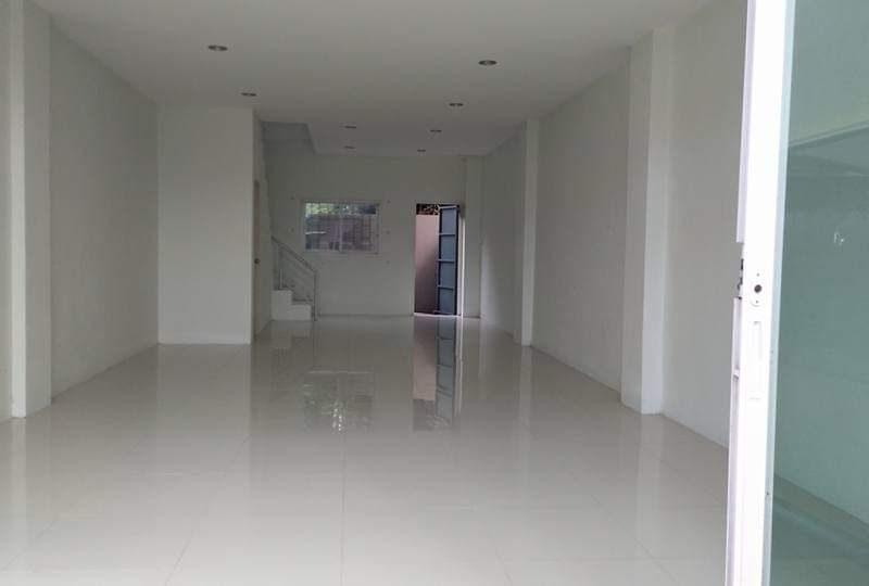 3-х этажное здание на продажу в Раваи