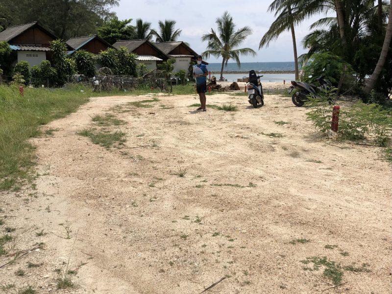 Участок с выходом на пляж Панган