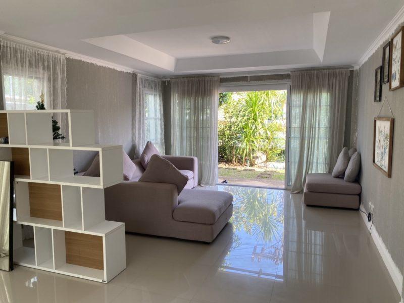 Роскошный 2-х этажный особняк в классическом стиле в Supalai Garden Ville.